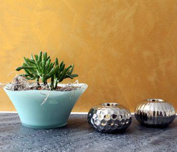 Eine Effektfarbe mit warmem Goldschimmer. Die Farbtonpalette besteht aus 126 möglichen Farbtönen, welche eine individuelle Gestaltung ermöglichen
